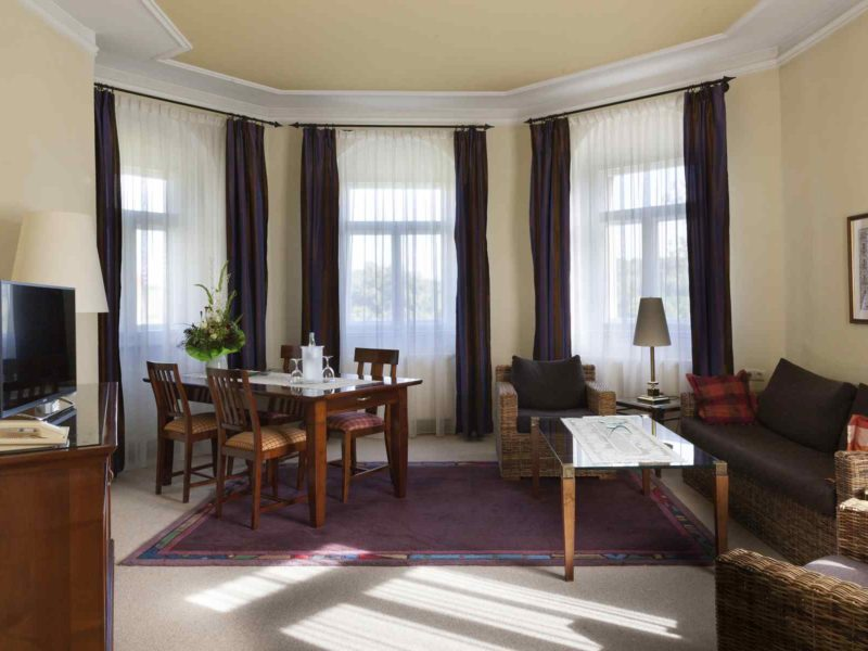 Schlosshotel_HDR_071 s seekda